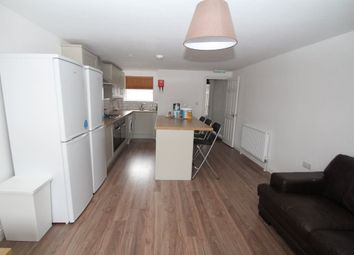 Thumbnail 6 bed terraced house to rent in Stansted Road, Southsea