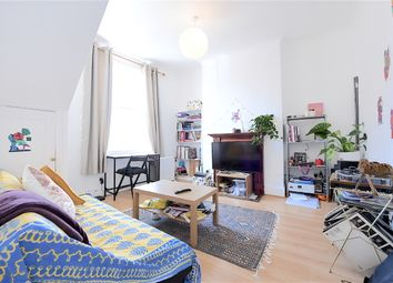 Thumbnail 2 bed flat to rent in New North Road, Essex Road