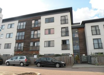 Thumbnail 1 bed flat to rent in Lemsford Road, Hatfield