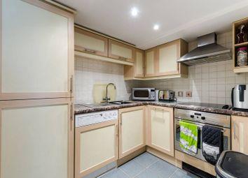 Newton Street, Holborn, London WC2B. 1 bed flat