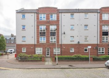 2 bed flat to rent in Fraser Road, City Centre, Aberdeen AB25