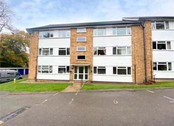 Thumbnail 2 bed flat for sale in Tupwood Lane, Caterham, Surrey