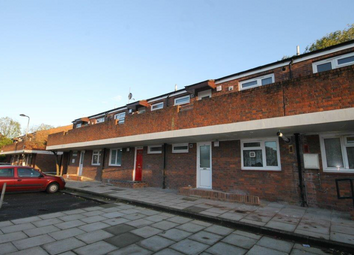 Thumbnail 1 bed flat to rent in Cowings Mead, Northolt