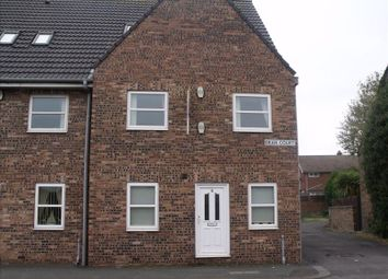 Thumbnail 2 bedroom flat for sale in Dean Court, Blyth