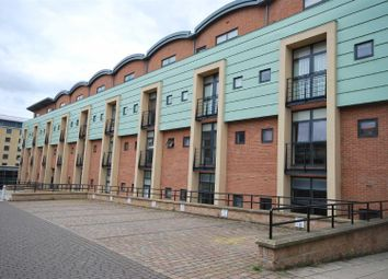 Thumbnail 2 bed property to rent in Curzon Place, Gateshead