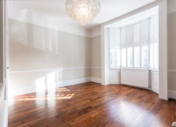 Thumbnail 3 bed flat to rent in Grove Road, Brentford