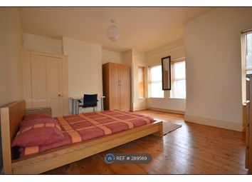 Thumbnail 4 bed terraced house to rent in Ashburnham Road, Luton