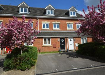 Thumbnail 2 bed maisonette for sale in Little Hackets, Havant