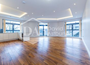 2 bed flat to rent in Muswell Hill, London N10