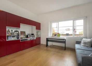 Thumbnail 1 bedroom flat to rent in Belsize Avenue, Belsize Park NW3,