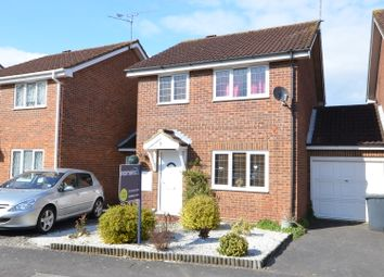 Thumbnail 3 bed link-detached house to rent in The Willows, Caversham, Reading