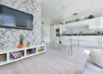 Thumbnail 3 bed flat to rent in Milner Square, London