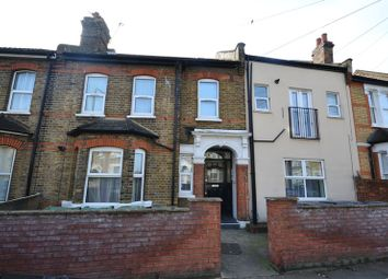 1 bed flat to rent in Spruce Hills Road, London E17