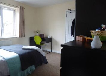 Thumbnail Room to rent in Belmont Close, Farnborough