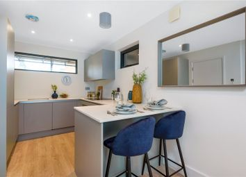 High Street, Purley CR8. 1 bed flat for sale