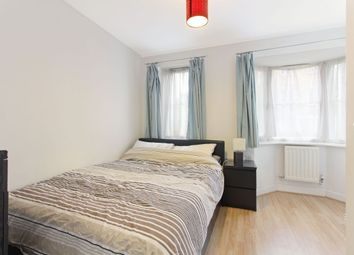 2 bed flat to rent in Lynbrook Grove, London SE15