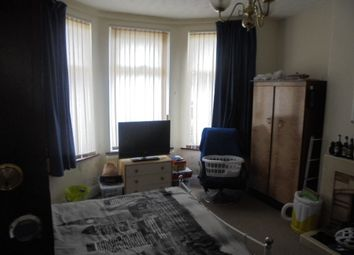 Thumbnail 4 bed shared accommodation to rent in Greenpark Avenue, Plymouth