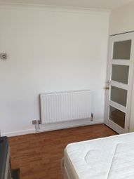 Thumbnail Room to rent in Parliament Hill Fields, Highgate Road, London