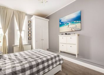 Thumbnail 1 bed flat to rent in North Pole Road, North Kensington