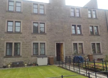 2 bed flat to rent in Strathmore Avenue, Dundee DD3