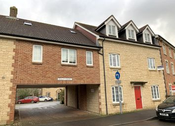 3 bed flat to rent in Holly Court, Wincanton BA9