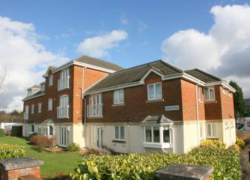 Thumbnail 2 bed flat to rent in Station Road, Edenbridge