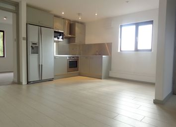 Thumbnail 2 bed maisonette to rent in Woodrush Crescent, Locks Heath, Southampton