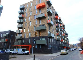 Thumbnail 3 bed flat for sale in Sculpture House, 4 Killick Way, London, London