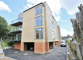 Thumbnail 2 bedroom flat to rent in Station Approach South, Welling