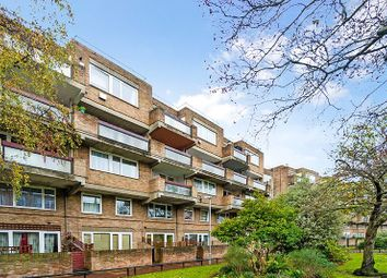 Thumbnail 4 bed property for sale in Downfield Close, London