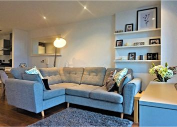 Thumbnail 1 bed flat for sale in 250 The Quays, Salford