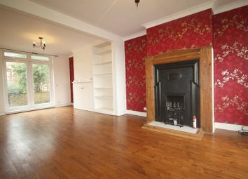 Thumbnail 3 bed semi-detached house to rent in Chipperfield Road, Hemel Hempstead
