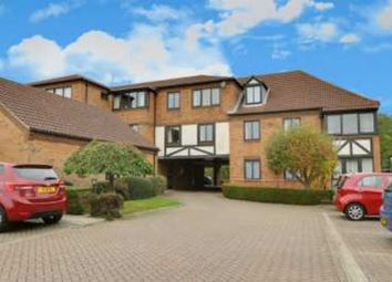 Thumbnail 2 bed flat for sale in Thorpe Hall Avenue, Southend-On-Sea
