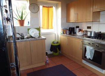 Thumbnail 3 bedroom property to rent in Wodecroft Road, Luton
