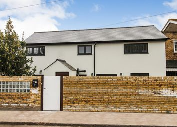 Avern Road, West Molesey KT8. 2 bed link-detached house for sale