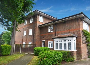 Thumbnail 2 bedroom flat to rent in Staines Road, Hounslow
