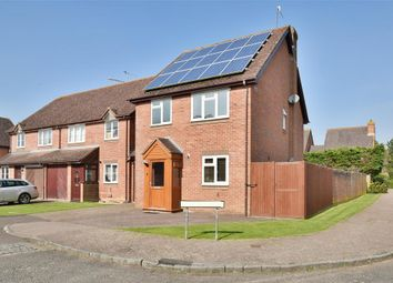 Thumbnail 4 bed detached house for sale in Clover Way, Smallfield, Surrey