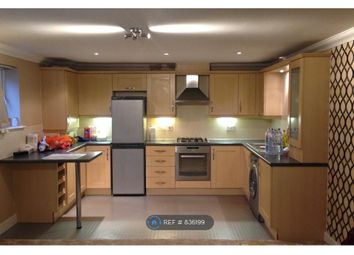 2 bed flat to rent in Thornycroft Close, Newbury RG14