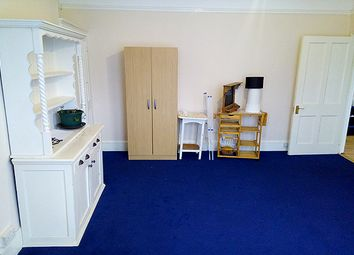 Thumbnail Room to rent in Forburg Road, London