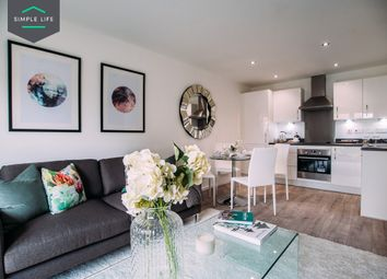 2 bed flat to rent in Fenman Mews, Worsley, Manchester M28