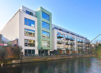 Thumbnail 3 bed flat to rent in Orsman Road, Hoxton