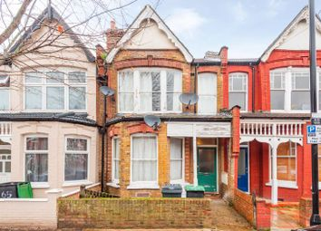Thumbnail 2 bed flat for sale in Arcadian Gardens, Palmers Green, London