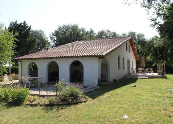 Thumbnail 4 bed villa for sale in Chasseneuil Du Poitou, Poitou-Charentes, 86360, France