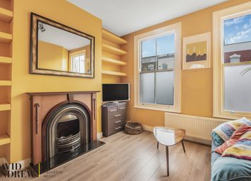 2 bed flat for sale in Blackstock Road, London N4