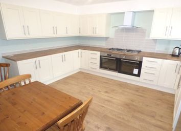 Thumbnail Room to rent in West Road, Buxton