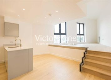 Thumbnail 3 bed flat to rent in Cheshire Street, Shoreditch, London