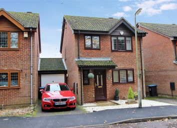 Thumbnail Link-detached house for sale in Hunters Oak, Hemel Hempstead, Hertfordshire