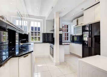Thumbnail 4 bed flat to rent in St. Johns Wood Road, London