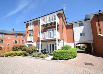 Thumbnail 2 bed flat to rent in Chequers Avenue, Wye Dene