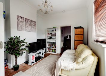 Thumbnail 1 bed flat for sale in London Road, Leigh-On-Sea